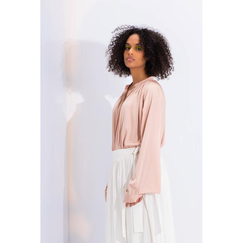 Balloon Slevees Satin Shirt In Nude