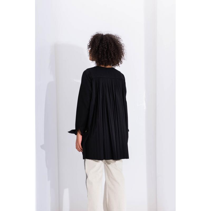Pleated Back Top In Black